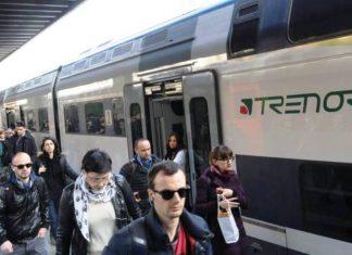 scandali inchieste trenord ferrovie nord pendolari chiedono danni regione lombardia