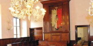 arconate palazzo taverna arredi