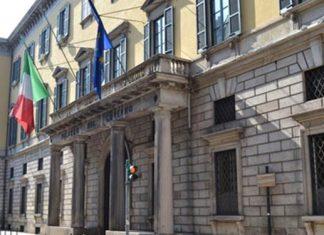 prefetto milano boccia ordinanza anti immigrati sindaci leghisti