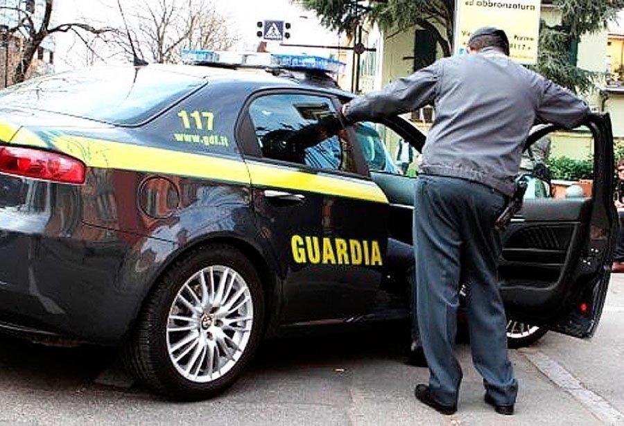 Otto arresti per traffico di cocaina, smantellata una