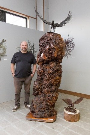 L'artista Andrea Cislaghi espone al Giambellino