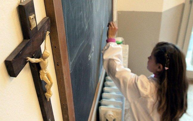crocefisso-scuola-italia