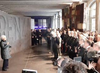 cronaca-liliana-segre-in-visita-al-memoriale-della-shoah-con-larma-dei-carabinieri