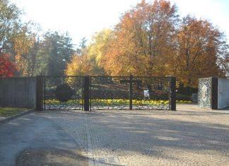 Trovati due teschi umani al cimitero di Legnano